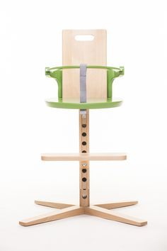 The baby's weight is practically one of the most important indicators of baby's development. Froc highchair.