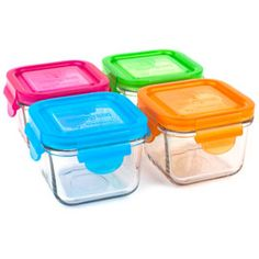 Wean Green's square glass lunch cube by Glasslock is perfect for storing, freezing and serving food. Wean Cubes by Glasslock ensures that your food is not being contaminated with unwanted chemicals, which means the snack cube is BPA free, PVC free and Phthalates free.