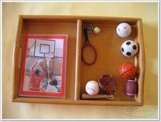 Sportrelaterade föremål och bildkort av sporten. Nu börjar det bli abstrakt!
