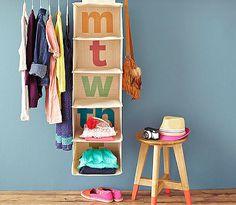Giochi per insegnare ai bambini a tenere in ordine i vestiti