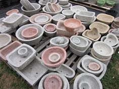 lightweight papercrete garden containers - Lee Coates