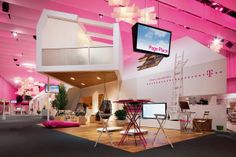 T-mobile home stand Museum Exhibition Design, Exhibition Display, Exhibition Space, Exhibition Stands, Ifa Berlin, Temporary Architecture, Window Display Design, Retail Design, Event Design