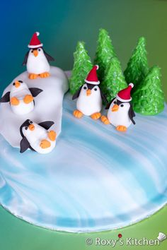 How to Make a Winter Holidays Cake decorated with Fondant Penguins & Fondant Christmas Trees - Tutorial with step by step photos | Roxy's Kitchen