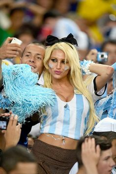 An Argentina fans take a selfie in the crowd prior to the 2014 FIFA World Cup Brazil Group F match between Argentina and Bosnia-Herzegovina at Maracana in Rio de Janeiro on Sunday: World Girls Russia World Cup, Brazil World Cup, World Cup 2014, Fifa World Cup, Hot Football Fans, Soccer Fans, Football Match, Football Girls, Football Soccer