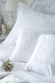 Sweet Dreams /Martine Haddouche/