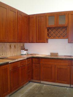 premade shaker cabinets