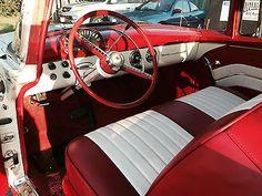1955-Ford-Fairlane-2-door-victoria