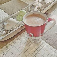 Neben einem Bulletproof Macchiato gibt es auch die Variante als Bulletproof Kakao. Für alle, die keinen Kaffee mögen. Mehr Rezepte auf https://www.living-keto.de