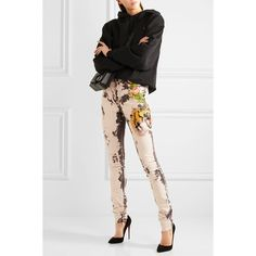 Gucci Appliquéd bleached high-rise skinny jeans (20,045 MXN) ❤ liked on Polyvore featuring jeans, high waisted button jeans, floral print skinny jeans, denim skinny jeans, high waisted skinny jeans and gucci