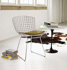 Knoll Bertoia side chair with Saarinen side table