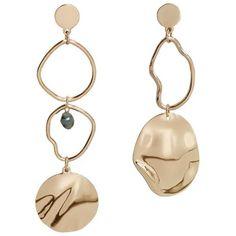 Metallic Hoop Earrings (1.005 RUB) ❤ liked on Polyvore featuring jewelry, earrings, cuff earrings, metallic jewelry, mango jewelry, mango jewellery and cuff jewelry
