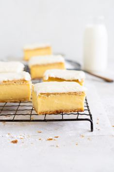 Rough Puff Pastry, Ice Cream Pops, Custard Powder, Perfect Chocolate Chip Cookies, Custard Filling, Flaky Pastry, Pastry Recipes, Four, Cookies Et Biscuits