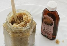 Vanilla & Almond Sugar Bath Scrub