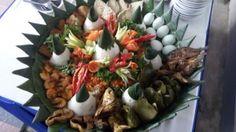 Madriga Catering 08118888653: Pesan nasi tumpeng di jakarta utara