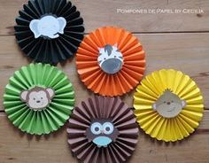 So you make rosettes or paper medallions to decorate your parties with amber Jungle Theme Parties, Jungle Theme Birthday, Safari Theme Party, Jungle Party, Animal Birthday, Baby Party, Paper Decorations, Birthday Decorations, First Birthday Parties