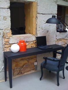Console ZEF / Design Luc Jozancy - Disponible dans 28 couleurs - Matière Grise #mobilier #metal #indoor #outdoor