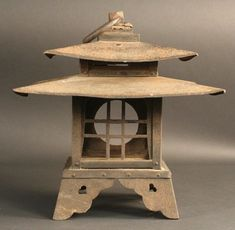 Very Rare Double Roofed Winter Viewing Lantern (item detailed views)