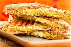 Receita Dedo de Moça: Tostex de frango ao curry com queijo