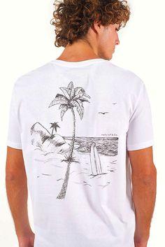 T-Shirt Bells - Masculino - 2Collab Surf Shirt, T Shirt, Gentleman's Wardrobe, Surf Style, Graphic Shirts, Tee Design, Mens Tees, Shirt Designs, Hoodie