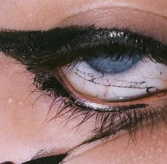 Teardrops discovered by noturbaby on We Heart It Death Aesthetic, Aesthetic Eyes, Aesthetic Makeup, Aesthetic Grunge, Grunge Photography, Eye Photography, Scary Eyes, Eye Art, Makeup Inspo