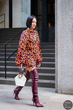 New York SS 2018 Street Style: Tiffany Hsu Tiffany Hsu between the fashion shows. Edgy Photography, Fashion Photography Inspiration, Style Inspiration, Fashion Weeks, Fashion Outfits, Fashion Poses, Love Fashion, Style Fashion, Fashion Trends