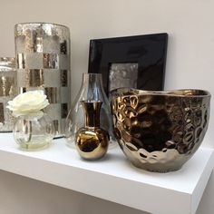 The Golden Amber collection is inspired by Kelly's 'East meets West' style and is full of metallic jewels. Looking perfect on the shelves at Kelly Hoppen London HQ! #eastmeetswest #metals #vases #goldenamber #flowers