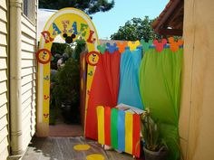 Gate entrance for party