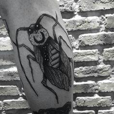 Cockroach by Mattchaos (@ mattchaos_tattoo)
