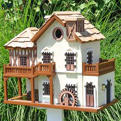 Queen's Hamlet Water Mill Cottage Birdhouse