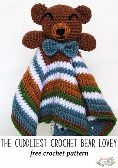 Crochet this baby bear lovey with a bowtie or hair bow! the pattern includes the amigurumi bear top with a five pointed star security blanket too, free pattern!