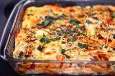 Yammie's Noshery: Cheesy Baked Spaghetti