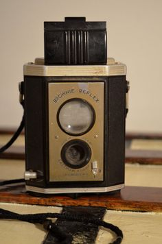 Eastman Kodak Brownie Reflex Made In USA by TheLostAndFoundBin, $25.00