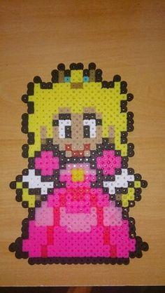 Princesa Peach hama beads