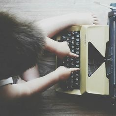 #writer #writerslife #writingsonthewall  #amwriting #typewriter #littleboy #hand #fingers #happyness #playing #book #books #reading #bookstagram #read #bookworm #booklover #instabook #booknerd