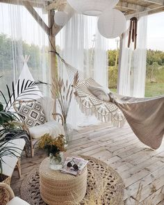 "@dailydreamdecor: ""Where I'd want to be 😍 @hammock_town"" Patio Table, Backyard Patio, Patio Stone, Flagstone Patio, Concrete Patio, Backyard Hammock, Patio Canopy, Dining Table, Bohemian Living"