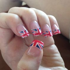 Omigosh omigosh!! I want these nails!!!