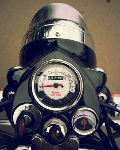 Bike Photography, Indian Photography, Royal Enfield Stickers, Royal Enfield Classic 350cc, Royal Enfield Wallpapers, Bullet Bike Royal Enfield, Royal Enfield Modified, Enfield Bike, Black Clover Anime