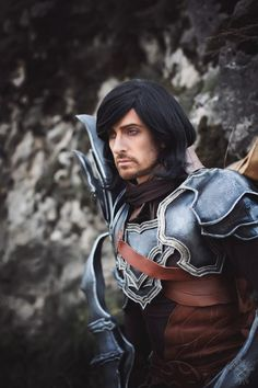 Diablo III - Demon Hunter male cosplay by Dario Cosplay