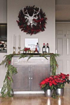 How to style a bar cart for the holidays via @Mystylevita #holidays #christmas #barcart