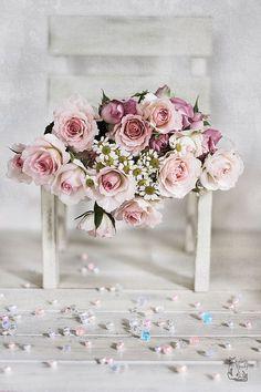 Imagem de flowers, roses, and beautiful