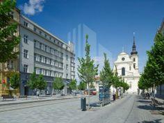 Hledáte dobrou adresu v Brně? Moravské náměstí 8 vám ji rozhodně poskytne - spolu s veškerým komfortem a vynikající dopravní dostupností.