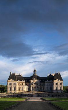 Château de Vaux-le-Vicomte (1656-1661). Classical. Maincy, Île-de-France, France.