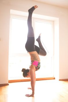 Pin it and join in on our 31 day yoga for strength project and watch your practice grow. Wearing:Onzie bra,Alo pants.