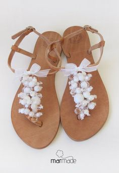 Bridal shoes Handmade Leather Sandals decorated #shell #sandals