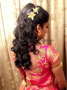 Indian bride's bridal reception hairstyle by Vejetha for Swank Studio. #Saree #Blouse #Design #HairAccessories #curls   Tamil bride. Telugu bride. Kannada bride. Hindu bride. Malayalee bride. Find us at https://www.facebook.com/SwankStudioBangalore