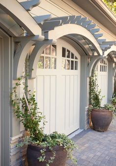 Garage Door Design & Trellis