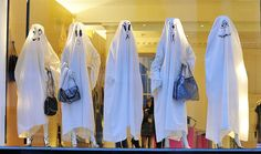 This display was for Halloween, showing of Stella McCartney handbags in London. Cute, isn't it? Certainly calls attention to the luxury handbags. What a shame,