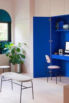 Tendance couleur bleu Klein : idées pour l'adopter - Côté Maison