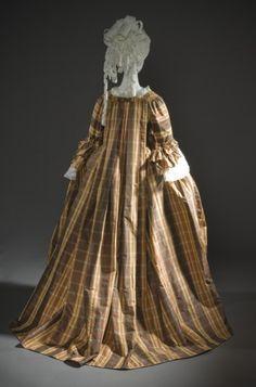 Robe a la Française   LACMA Collections   circa 1760   Silk   a) Robe center back length: 61 in. (154.94 cm); b) Petticoat center back length: 39 1/2 in. (100.33 cm)   (M.2007.211.925a-b)