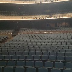 The Scene Before The Show!TONIGHT TONIGHT TONIGHT!! The #RealDealTour In Dayton Ohio Saturday October 24TH At The Schuster Center 7PM Featuring Mike Epps @EPPSIE Alongside @SOMMORE And @COREDJSKNO This Show Will Be Off The Chain!! @VTADayton DJ SKNO CORE DJ's Do You Need A REAL DJ For Your Club Sports Event Concert Grand Opening Corporate Event Conference Wedding Or Mixtape? For All Serious Inquiries With A Budget ONLY Contact Us At whoknowsdjskno@gmail.com DJ SKNO CORE DJ's Thank You…